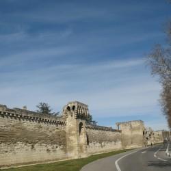 потрясающая стена
